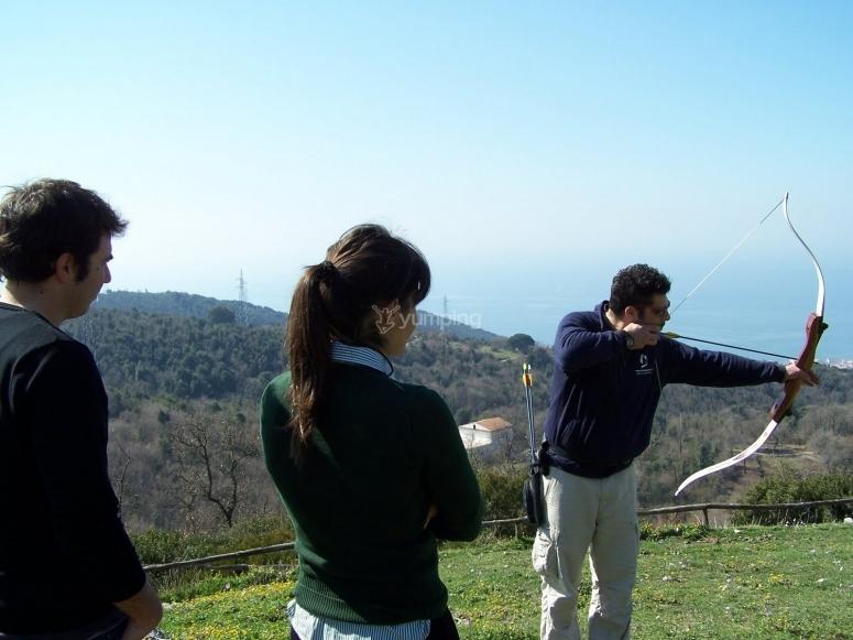Lezione di tiro con arco vicino Salerno