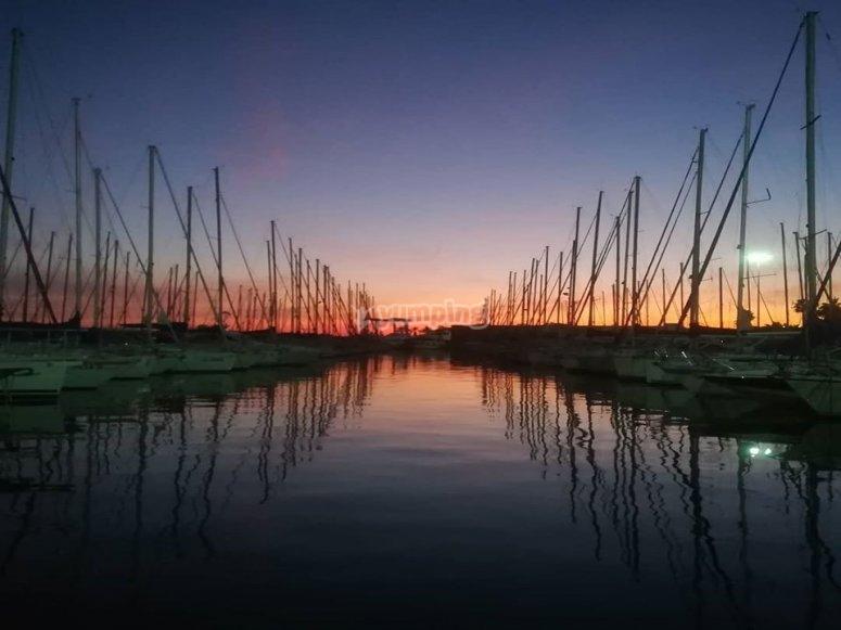 in porto al tramonto
