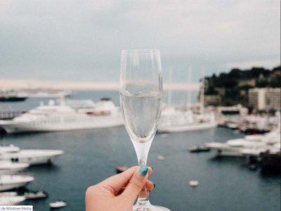 Escursione in yacht di 7 ore Costa Azzurra