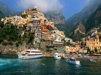 Escursione privata in barca di un giorno ad Amalfi