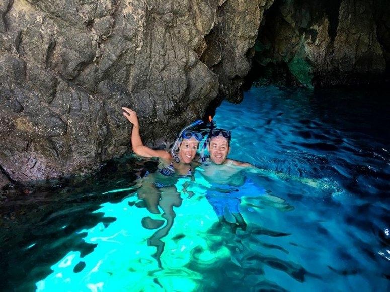 esplorando le grotte