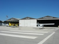 Ingresso nell'hangar