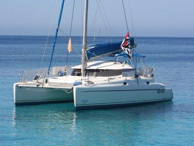 Asinara Catamaran Escursione in Barca