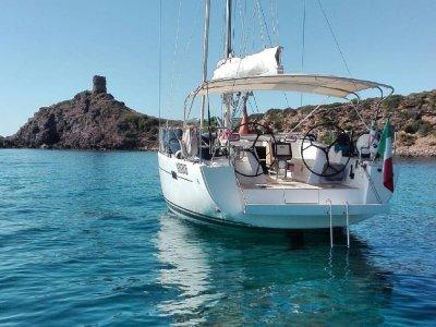 Escursione barca a vela da Bosa 8 ore con pranzo