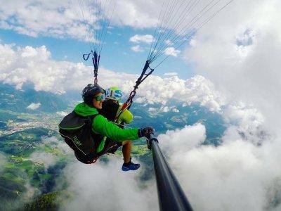 Volo in parapendio più trekking 4 ore a Falzes