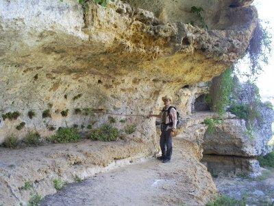 Trekking+soggiorno alla scoperta delle Gravine