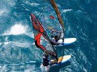 Windsurf per volare sull acqua