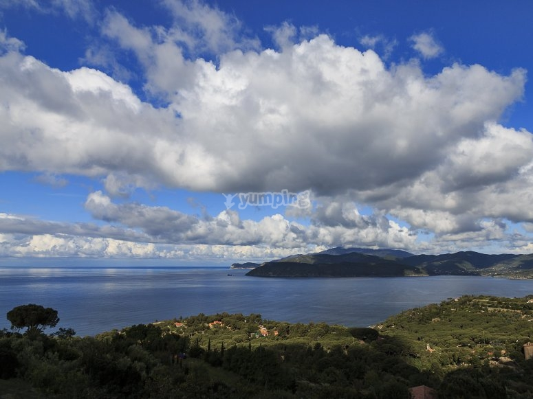 Uno dei panorami offerti dall'isola