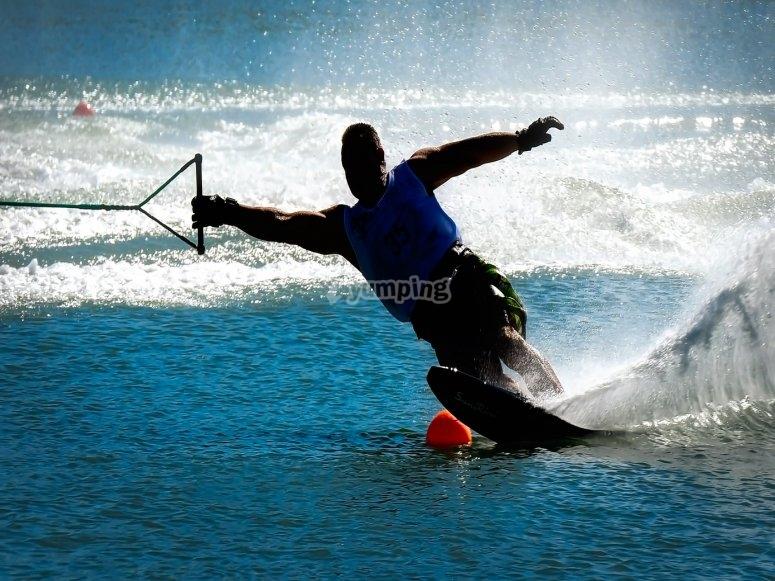 Acrobazie sugli sci