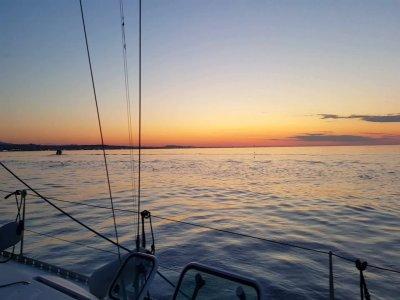 Navigazione con aperitivo al tramonto Gabicce Mare