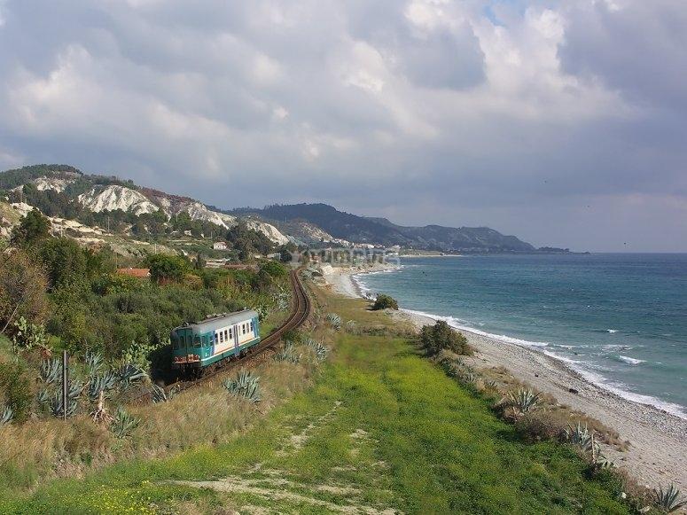 Divertiti e ammira la costa