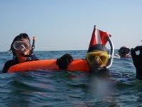 snorkeling in compagnia.JPG