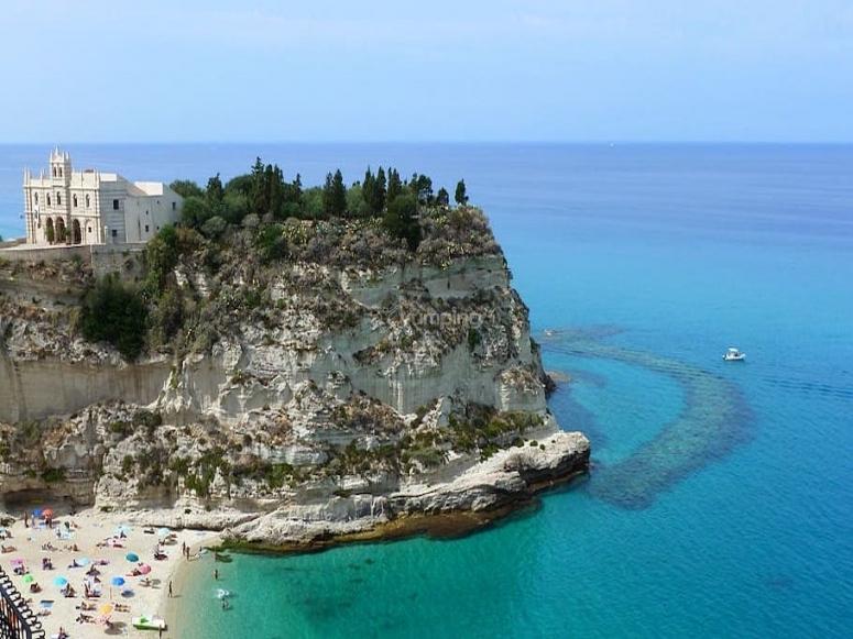 The sea of Calabria