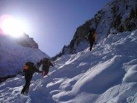 Passeggiata sulla cima della montagna