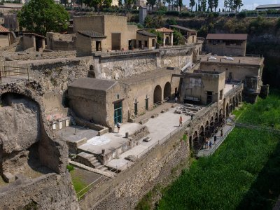 Two-hour guided tour of the excavations of Herculaneum