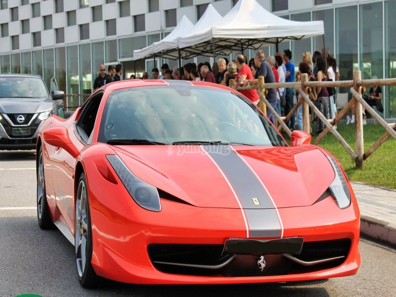 Ferrari in pista