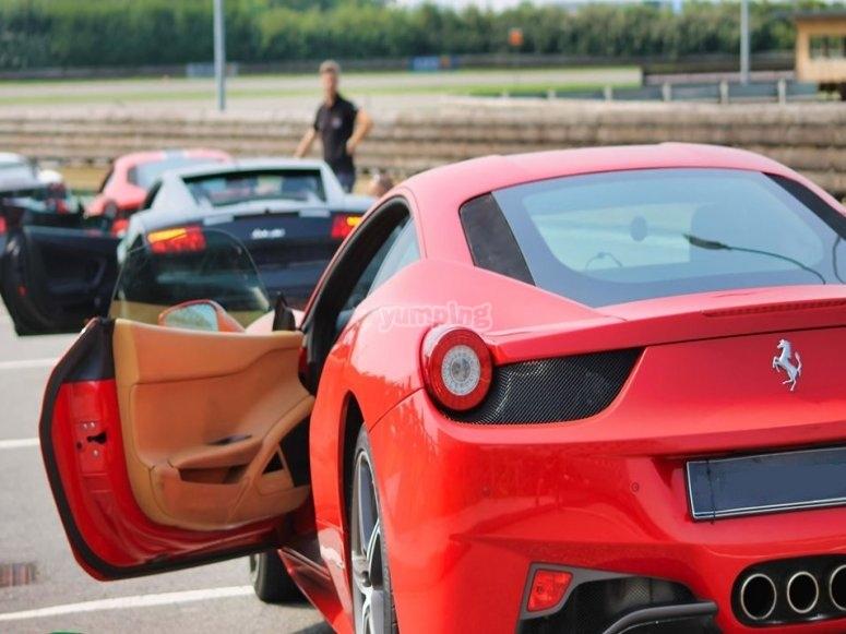 La nostra Ferrari pronta per la corsa