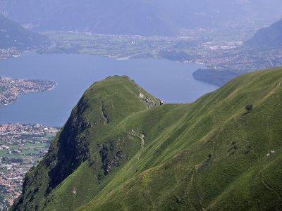 60-minute girocopter tour on Lake Como