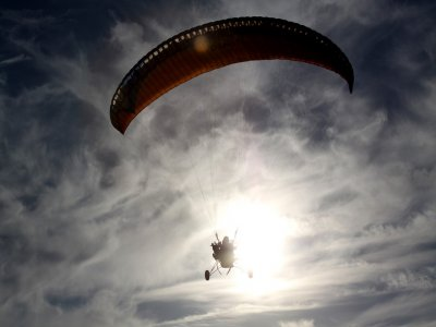 Paramotor flight one person in Puglia 20 minutes