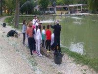 Insegnando la pesca ai più piccini