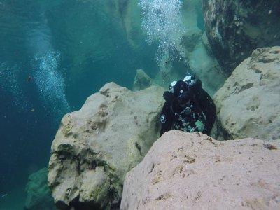 Explorers Diving