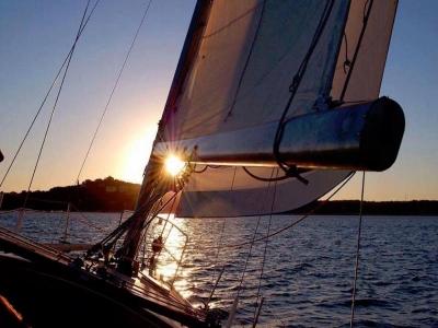 Escursione in barca litorale romano di 6 ore e 30