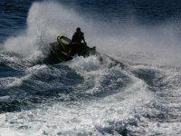 Tra le onde del mare