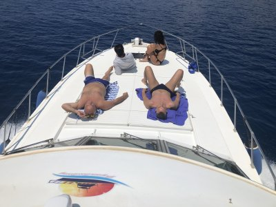 Boat rental at the Rizzi cliff 4 hours