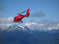 In volo tra le Alpi