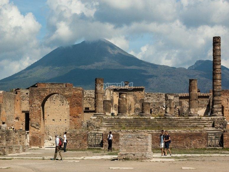 Tour collettivo Sorrento, Napoli e isole 30min - Offerte ...