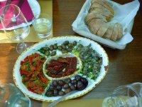 Un aperitivo mediterraneo
