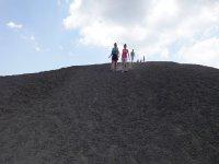 Il vulcano attivo più grande d'Europa. Vienilo to scoprire!
