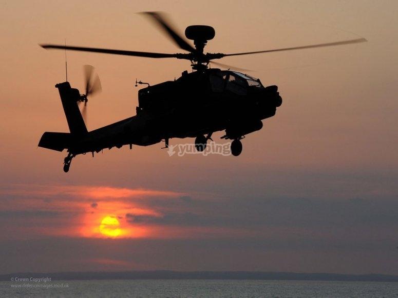 Elicottero al tramonto