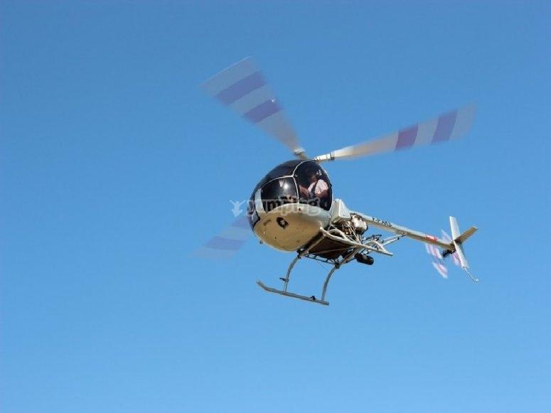 Il nostro elicottero leggero a tripla pala