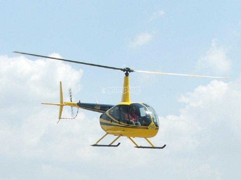 Il nostro elicottero in volo