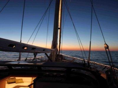 Oceano a Mare Escursione in Barca