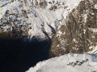 Alpeggi coperti di neve _alpi italiane