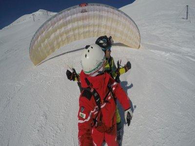 Paragliding tandem launch mt 1400 Valle d'Aosta