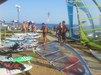 Le tavole da windsurf pronte