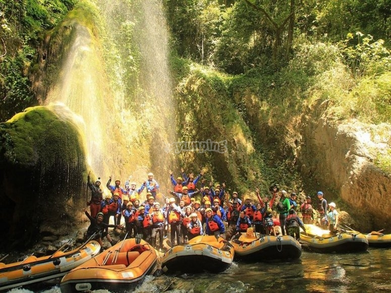 group before rafting