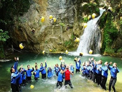 Canyoning sul fiume Jannello Calabria 2ore