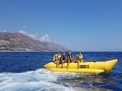 Banana boat a Letojanni per 20 minuti