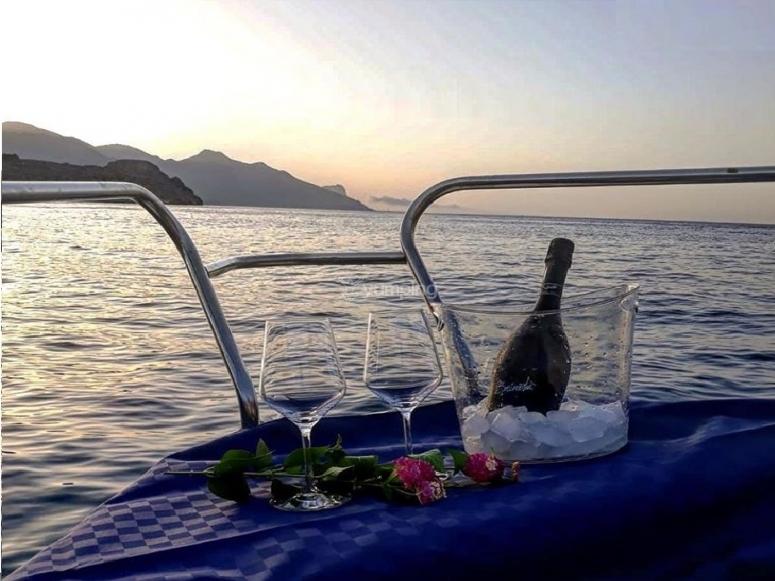 aperitif on board