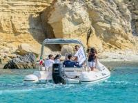La nostra barca in escursione