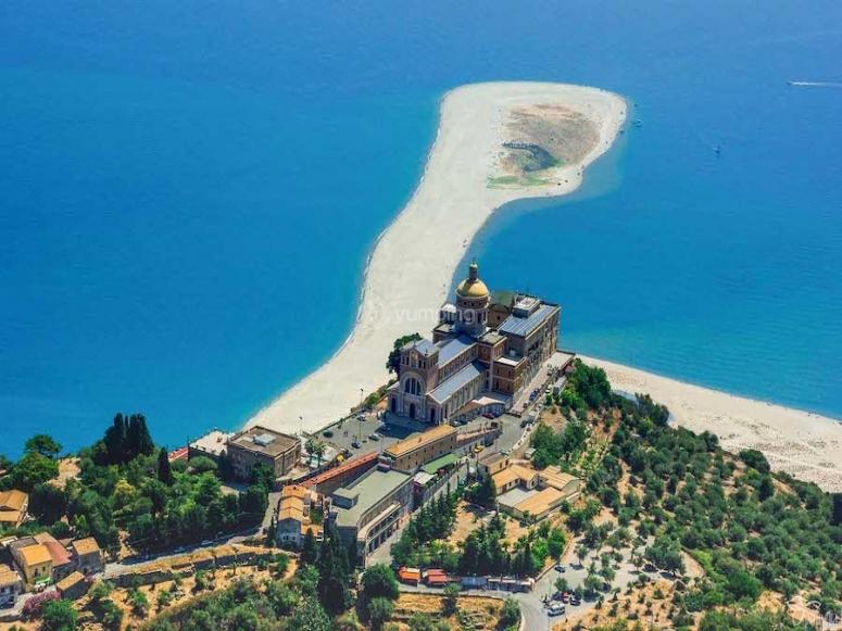 The beach of Tindari
