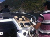 Pilotando la barca