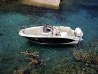 Un salto dalla barca
