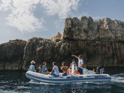 Escursione in gommone isola delle Correnti di 4ore