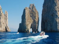 Excursions to Capri.