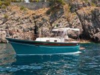 The Pupa boat.